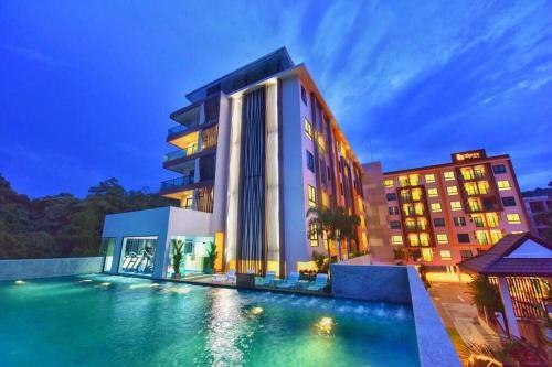 Happy Place Phuket