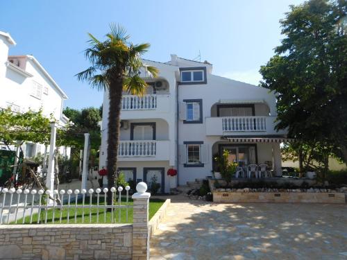 . Apartments Lucija
