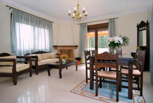 . Kerveli Luxury Villa