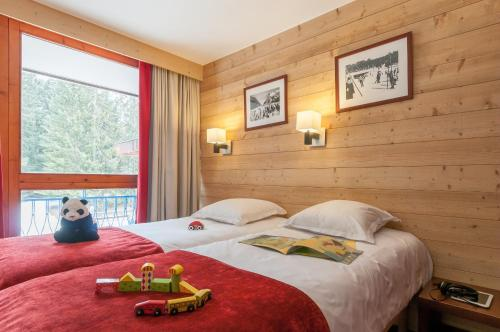 Standard One-Bedroom Apartment (5 People)