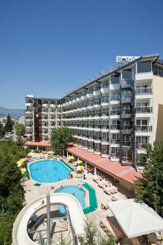 . Monte Carlo Hotel