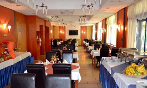 Hotel Veritas photo 40