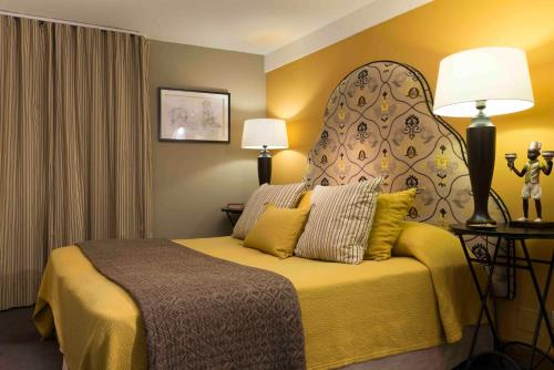 . Hotel De France