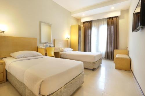 Triniti Hotel Batam photo 9
