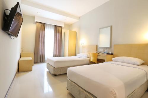 Triniti Hotel Batam photo 12