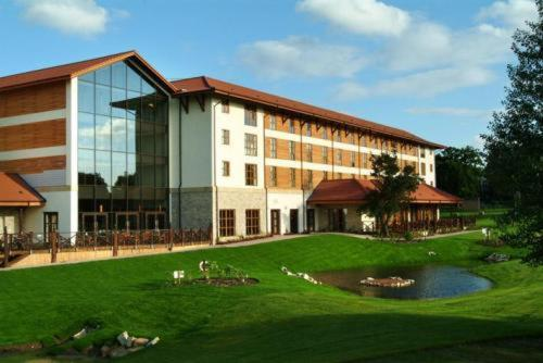 Chessington Safari Hotel - 1 of 41