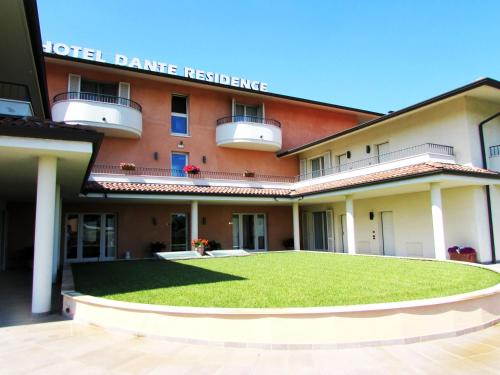 . Hotel Dante Residence