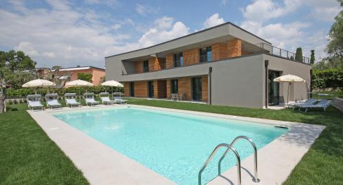 Villa T14