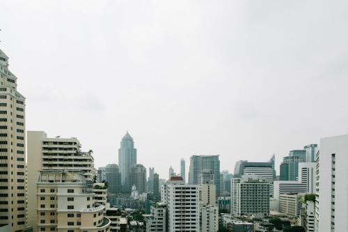 Adelphi Suites Bangkok photo 5