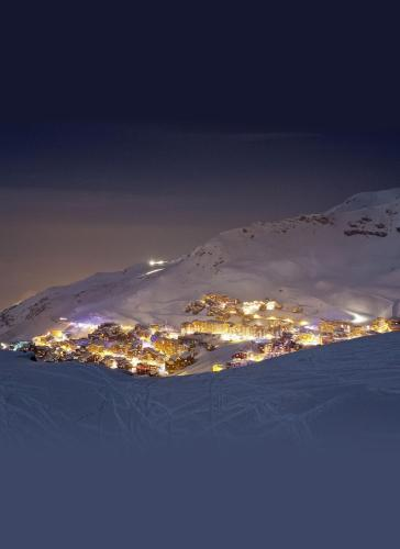 Place De La Lombarde, 73440, Val Thorens, France.
