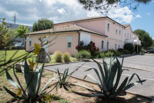 . Quick Palace St Jean De Vedas - A709