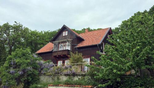 """. Ferienwohnung Teufelsmauer """"Waldhaus"""""""