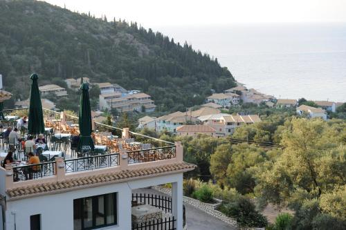 . Santa Marina Hotel