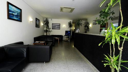 Apartamentos Turísticos Vila Praia - Photo 3 of 32