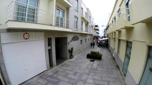 Apartamentos Turísticos Vila Praia - Photo 4 of 32