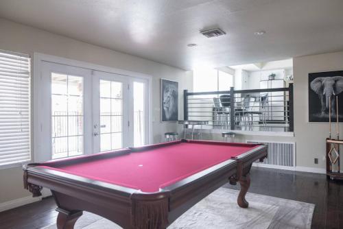 4 Bedroom House in Groveview Lane, Las Vegas, Clark