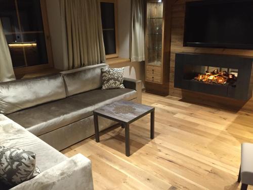 Фото отеля Pepi's Suites - Lechtal Apartments