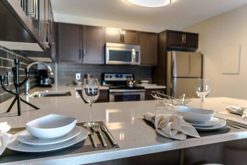 . Fort Garry Place Furnished Suites