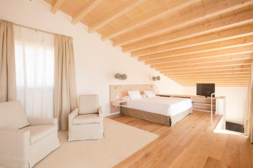 Luxury Villa with terrace  Fontsanta Hotel Thermal & Spa 5