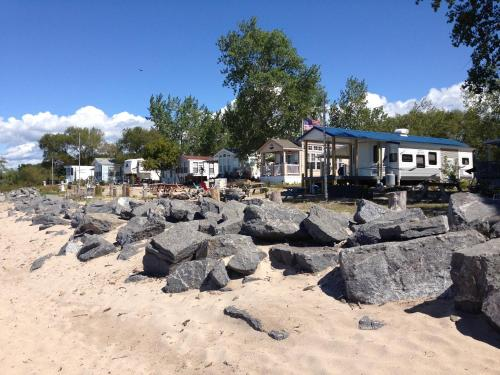 . Brennan Beach Lakeview Loft Park Model 7