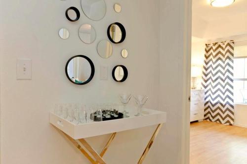 Sunset Apartment #1 - Venice, CA 90069