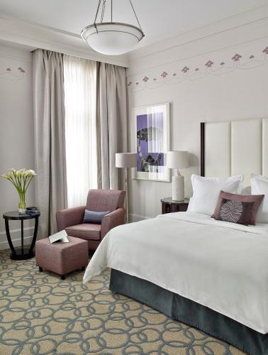 Four Seasons Hotel Gresham Palace Budapest camera foto