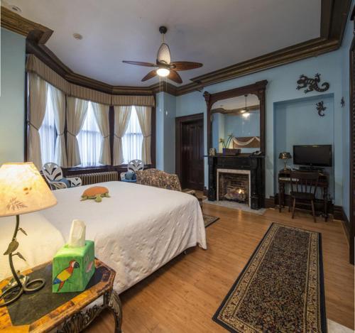 The Parador Inn Of Pittsburgh - Pittsburgh, PA 15233