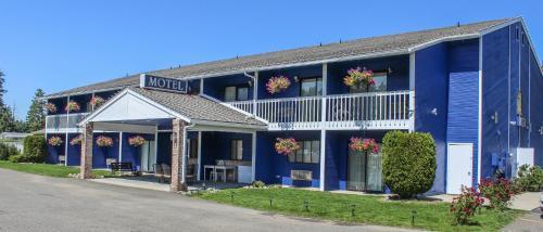 . Wedge Mountain Inn