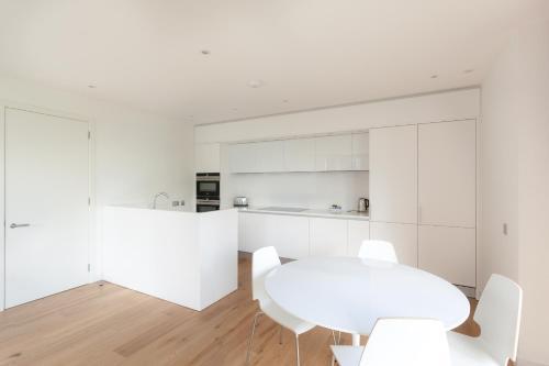 My-Quartermile Apartments photo 40