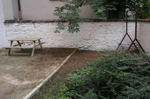 Garden Apartment - image 9