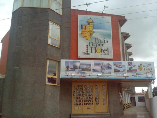 . Turis Firper Hotel