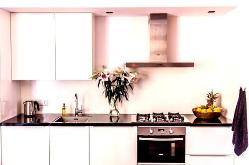 Livia's Hideaway Elegant Apartments photo 46