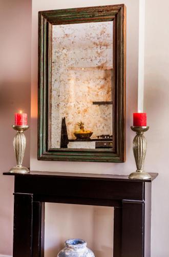 Livia's Hideaway Elegant Apartments photo 2