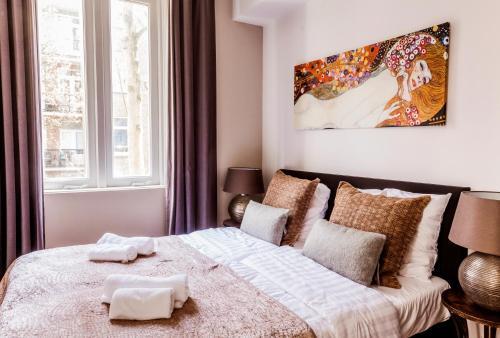 Livia's Hideaway Elegant Apartments photo 3