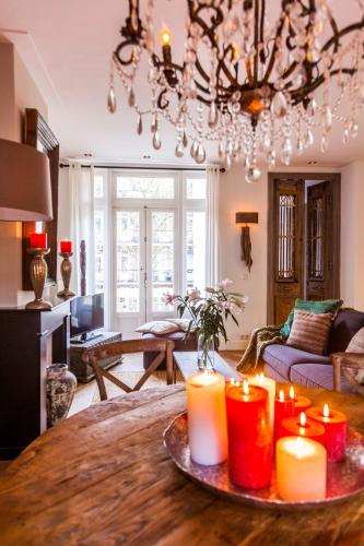 Livia's Hideaway Elegant Apartments photo 5
