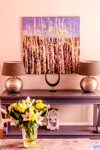 Livia's Hideaway Elegant Apartments photo 11