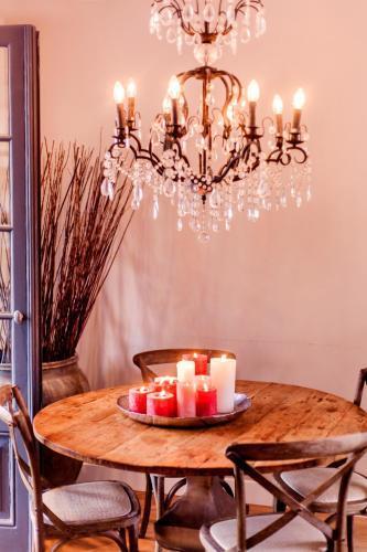 Livia's Hideaway Elegant Apartments photo 57