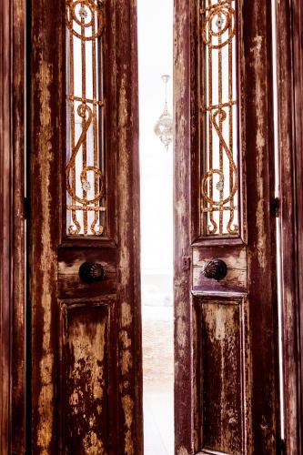 Livia's Hideaway Elegant Apartments photo 14