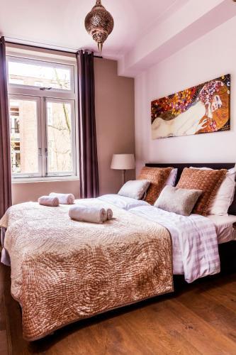 Livia's Hideaway Elegant Apartments photo 60