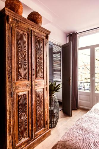 Livia's Hideaway Elegant Apartments photo 62