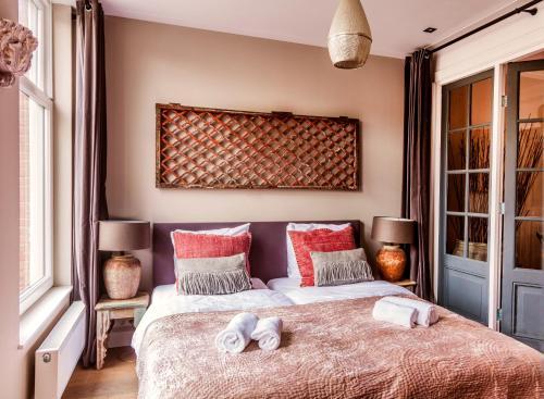 Livia's Hideaway Elegant Apartments photo 63