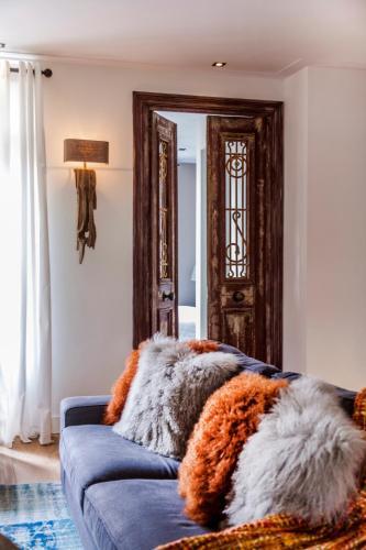 Livia's Hideaway Elegant Apartments photo 64