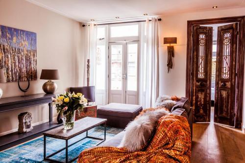 Livia's Hideaway Elegant Apartments photo 69