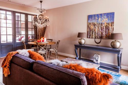Livia's Hideaway Elegant Apartments photo 70