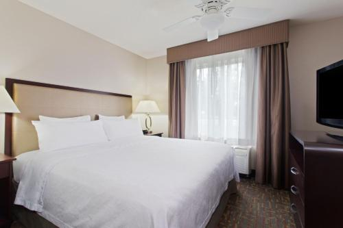 Homewood Suites By Hilton Somerset Nj