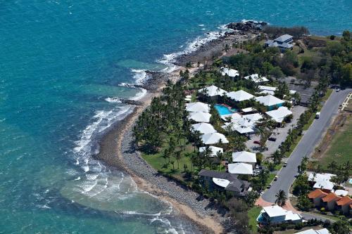 . Dolphin Heads Resort