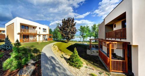 . Hotel Aqualand Inn