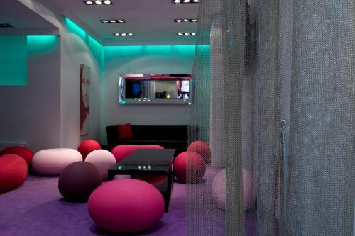 Idéal Hôtel Design photo 47