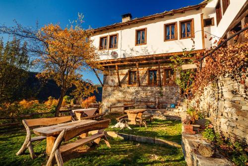 . Guest House Vesko & Suzi