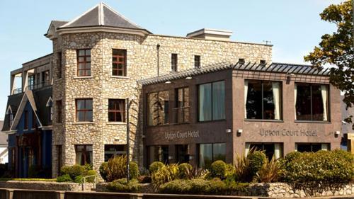 . Upton Court Hotel